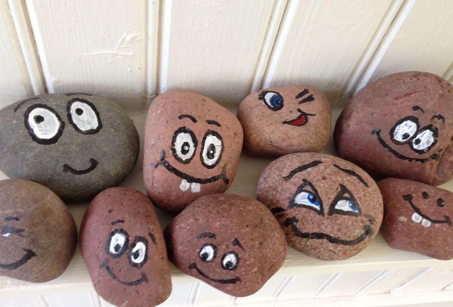 glada stenar
